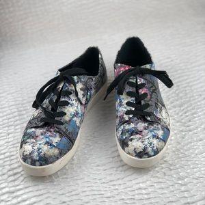 Calvin Klein Imilia floral sneakers US10